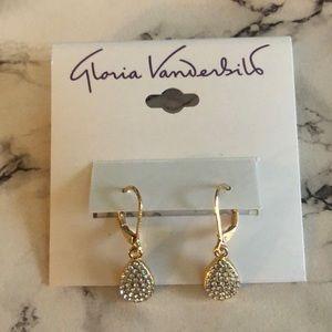 Gloria Vanderbilt earrings